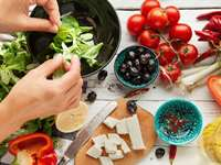 A Mediterranean Diet May Reverse Metabolic Syndrome