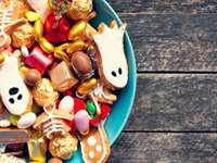 8 Halloween Diet Tips to Avoid Letting Candy Take Over