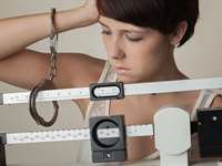 4 Signs that You Are Too Obsessed with Your Weight