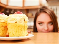 The Importance of Managing Sugar Cravings for Telomere Health & Tips