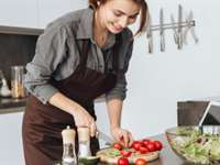 Women's Nutrition Guide for a Balanced Diet