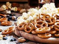 Foods to Avoid As Your Wedding Day Approaches