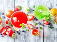 10 Healthy & Delicious Mocktail Recipes