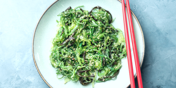 Japanese Seaweed Salad (& 3 Delicious Pairings)