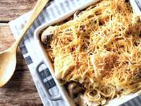 Cheesy Homemade Chicken Tetrazzini Recipe